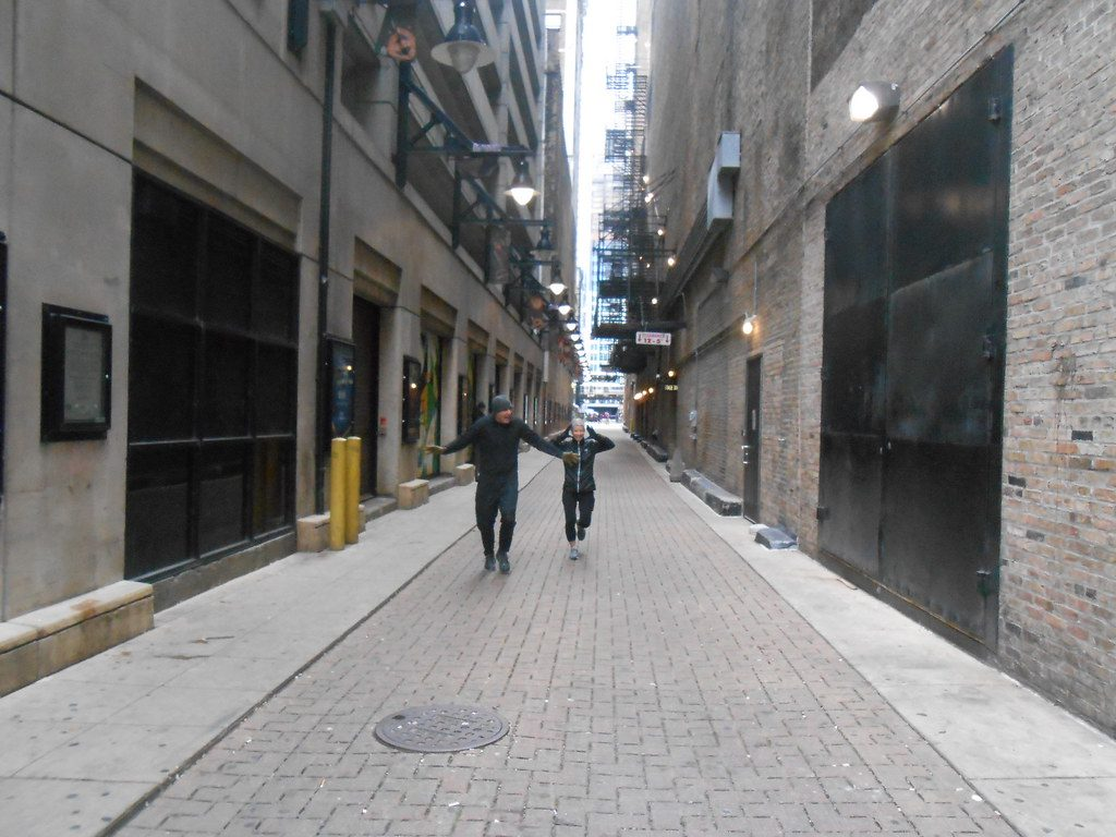 image of death alley, where 602 people lost their lives in the Iroquois Theater fire.